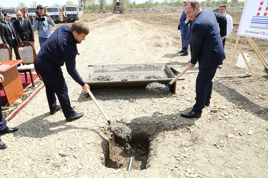 Закладка капсулы под строительство Грозненской ТЭС