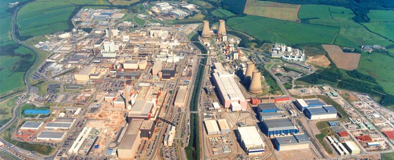 Закрытый ядерный комплекс Селлафилд в Великобритании