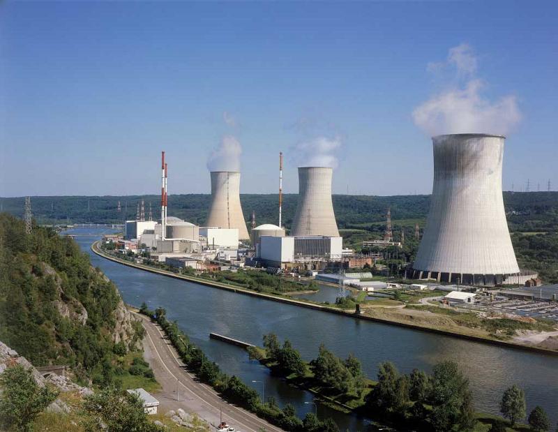 АЭС Tihange на юго-востоке Бельгии
