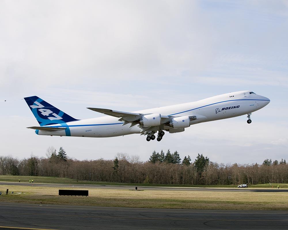 Boeing 747–8F