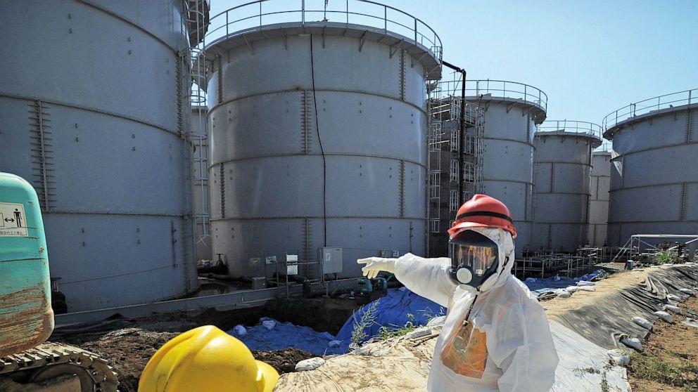 Резервуары для хранения воды на Фукусиме
