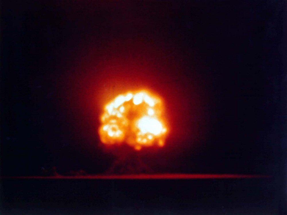 Испытание атомной бомбы в Тринити