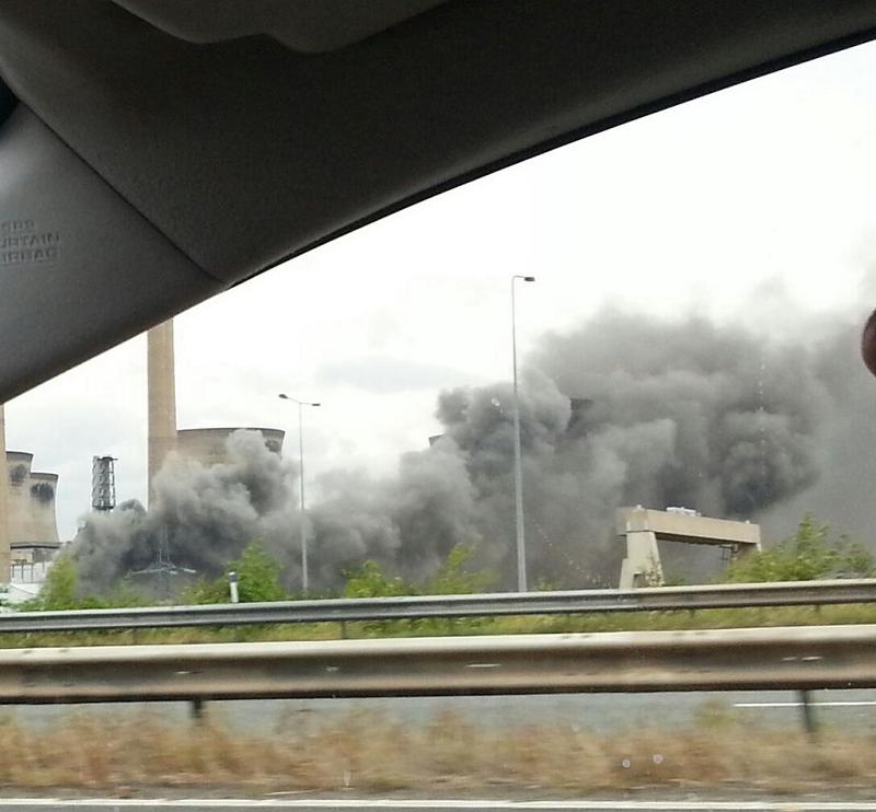 Угольная электростанция в Англии Ferrybridge C