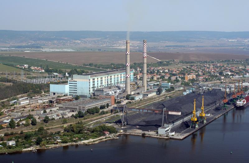 Электростанция в Болгарии в городе Варна