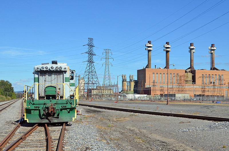 Старая угольная электростанция Sunbury на 400 МВт в штате Пенсильвания