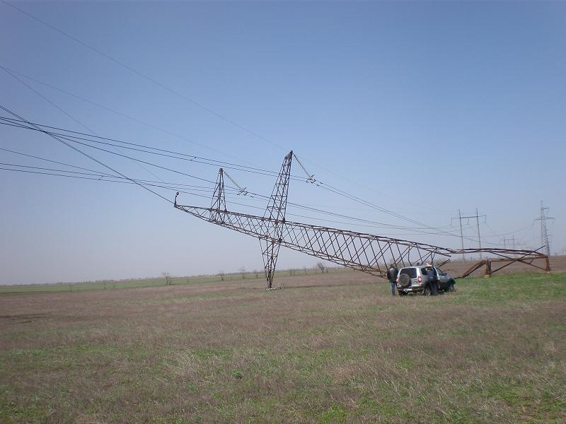 Украинские энергетики намерены поставлять в Крым электричество в 2016 году