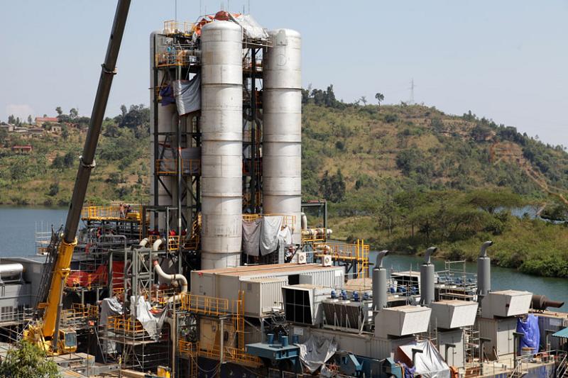 Газовая электростанция KivuWatt в Руанде на берегу озера Киву