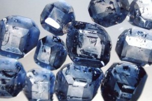 1355527-ting-du-ikke-vidste-om-diamanter--